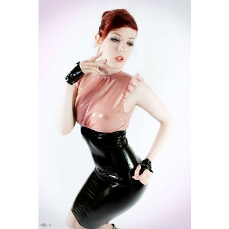 Latex Cocktail Kleid Petit Plier